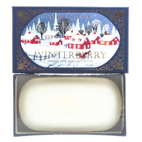 SAPONIFICIO VARESINO Winter Berry mydło toaletowe na prezent 300g