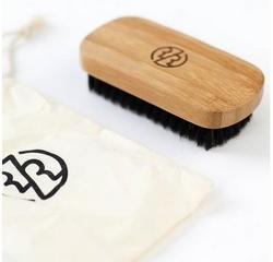 szczotka do włosów i brody